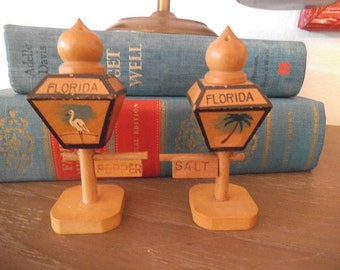 Vintage Florida Wooden Sign post SALT and Pepper ~ Palm Tree and Crane ~ Flamingo ~ Figural Lantern street sign