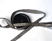 Tablet Weaving Medieval Trim - Black, Ivory, Silver