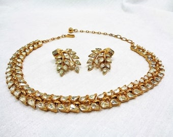 Vintage Trifari Goldtone Leaf Necklace and Earring Set