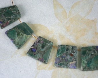 5 Green Quartz Jasper Beads Composite Trapezoid Top Drilled (5229)