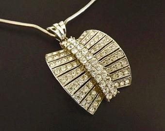 Vintage Necklace Pendant with Diamond Rhinestones, Formal Jewelry, Dressy Jewelry, Dressy Necklace, Costume Jewelry Accessories