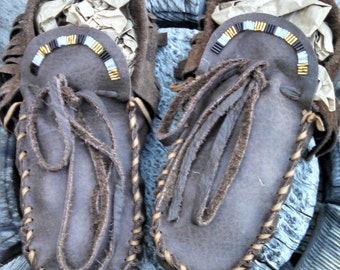 Men's Buffaloskin Adult Moccasins - Size 12. Native American Moccasins, Deerskin shoes, Ceremonial Regalia, Beaded, Leather Slippers, hippie