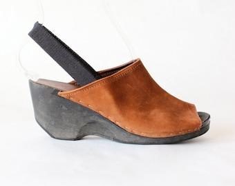 Vintage Brown Nubuck Leather & Black Wood Wedge Clogs, size 7