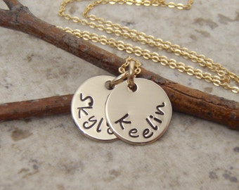 Dainty gold disc necklace - Mini name necklace - Mom, Grandma gift - Kid's names necklace - 1, 2, 3 names - Photo NOT actual size