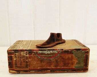 Vintage Cast Iron Shoe Form Rare Tiny Child Size