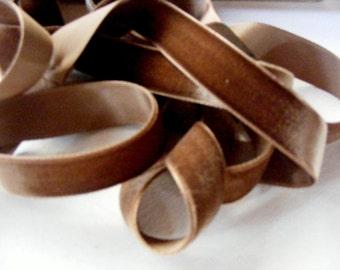 Antique 1930's German Velvet Ribbon 15/16 Inch Gorgeous Coffee Brown