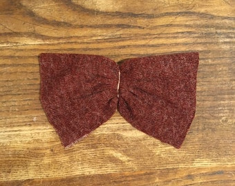 Rust Knit Bow on a Pinback