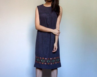 Sleeveless Fall Dress Dark Grey Embroidered Shift Casual Simple Day Dress - Medium M