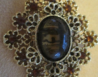 Vintage costume jewelry  /  rhinestone brooch JUST REDUCED