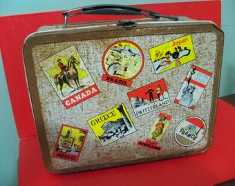 old been around  the world style lunch pail