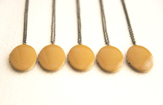 Mustard Yellow Locket Necklace // Bridesmaid Locket Necklace // Set of 5 // Maid of Honor Gifts // Vintage Rustic Wedding