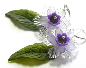 Lucite Flower earrings in purple, lavender, green and white  - Hand painted leaves