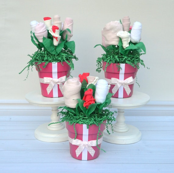 Small flower centerpieces for baby shower