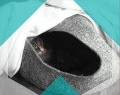 Cat Cave on Sale - Cat Cave / cat bed - handmade felt - Grey - S,M,L,XL + free felted balls