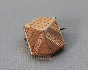Victorian Geometrical Cube Brooch / Antique Optical Illusion Jewelry