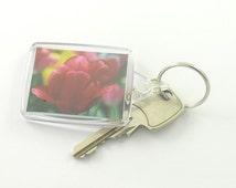 red tulip keychain, photo keychain, tulip keyring,  tulip bag charm,picture keychain, photo keyring, picture keyring, flower keychain