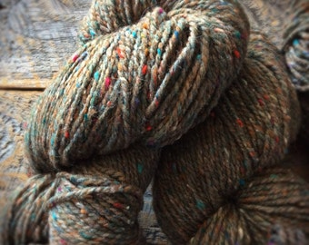 Peace Fleece Grass Roots, virgin wool, worsted weight knitting yarn, rustic wool yarn, tweed wool, hazelnut