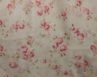 Yuwa Double Guaze Live Life Cotton Fabric 912437E Pink Roses on Light Cream