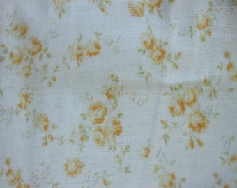 Yuwa Double Guaze Live Life Cotton Fabric 912437D Yellow Roses on Light Cream