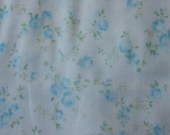 Yuwa Double Guaze Live Life Cotton Fabric 912437B Blue Roses on Light Cream