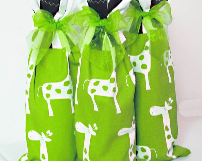 Baby Shower Hostess Gifts, Wine Bags 3 pack, wine sacks, giraffe print wine bag set, wine lover gift, baby shower favor bags, wine bag set