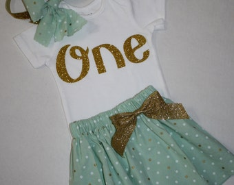 girls first birthday outfit green and gold glitter 1st birthday outfit cake smash outfit glitter gold one first birthday bodysuit skirt