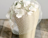 Vintage birdcage veil, Flower veil, Ivory headpiece, 1940s veil, vintage wedding headpiece, garden wedding, wedding hair accesories