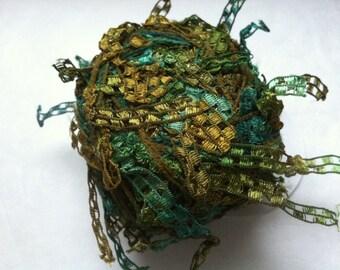 Trendsetter Cubetti #967 Mossy Rock - Ribbon Yarn Flags Carryalong in Greens & Olive Green 25 grams 75 yards