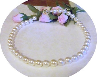 Pearl Necklace, Ivory and White, Bridal Pearls, Wedding Jewelry, 2 Tone Pearls, Pearl Jewelry, Bridesmaid, Bridal Accessories, Choker Pearls
