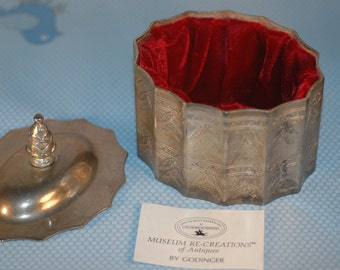 "Paul Revere Silversmith's Godinger Silver Trinket Box ""Museum of Re-Creations of Antiques"" marked 1991"