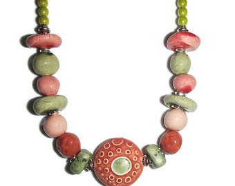 Ceramic Necklace Choker. Ceramic Green and Red. Choker. Ceramic Beads