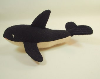 Orca, whale, killer whale, waldorf toy, stuffed animal, plush toy, wool felt toy, child's toy, kid's item,