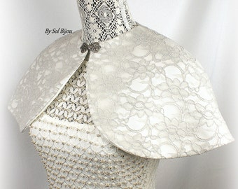 Wedding Cape, Gray, Ivory, Silver, Gray Cape, Bridal Cape, Lace Cape, Shrug, Capelet, Bolero, Silver Clasp, Lace, Vintage, Elegant Wedding