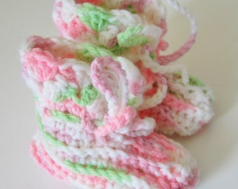 0-3 Month Booties, Baby Shower Gift, Pink Booties, Baby Girl Booties, Crocheted Booties