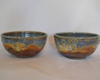 Set of 2 stoneware soup/cereal bowls