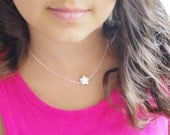 Star Necklace, Star Jewelry, Singel Pearl Necklace, Lucky Star Necklace, Dainty Necklace, Minimal Every Day Necklace, Flower Girl Gifts