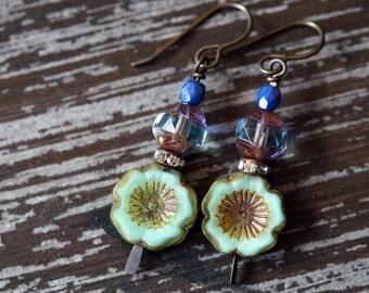 Pale Green Flower Earrings - Mint Green Earrings - Boho Flowers - Daisy Earrings - Bead Soup Jewelry