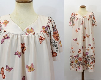 Butterfly Dress 1970s Boho Tent Floral Swing Caftan Tunic Midi V Neck Short Sleeve MuuMuu Vintage 70s Retro Seventies Cream Loose Fit Large