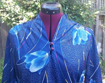 1970s Blouse Disco Shirt 70s Polyester Top Studio 54 Tulips Womens Disco Shirt Abstract Print Blue Blouse Dark Blue Secretary Blouse