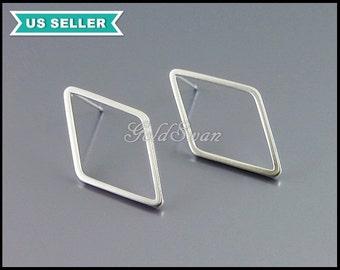 4 pcs of large 24mm diamond shape earrings in matte rhodium silver finish, silver diamond earrings, stud earrings 1067-MR-24