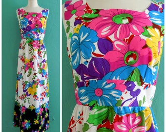 60's floral print maxi dress // hippie maxi dress~ small medium