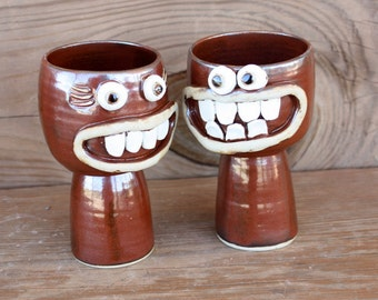 His Hers Wedding Toast Wine Goblets in Cinnamon Red Brown. Couples Pair of Wine Glasses. Mr. and Mrs. Gift Set. Happy Smiley Face Chalices.