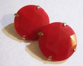 vintage red faceted Hobo round clip on earrings 515A