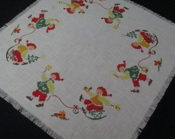 Cute Small Vintage Christmas Table Topper Tablecloth