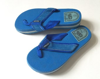 REDUCED Vintage 1970s Childs Size 1 Sandals VGC / Dyna Kids Royal Blue Foam Flip Flops