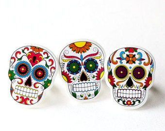 Day of the Dead Cupcake Toppers, Sugar Skull Cupcake Picks, Dia de los Muertos Cupcake Rings (set of 12)