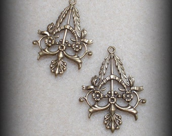 Floral Victorian Pendant/Earring Pair