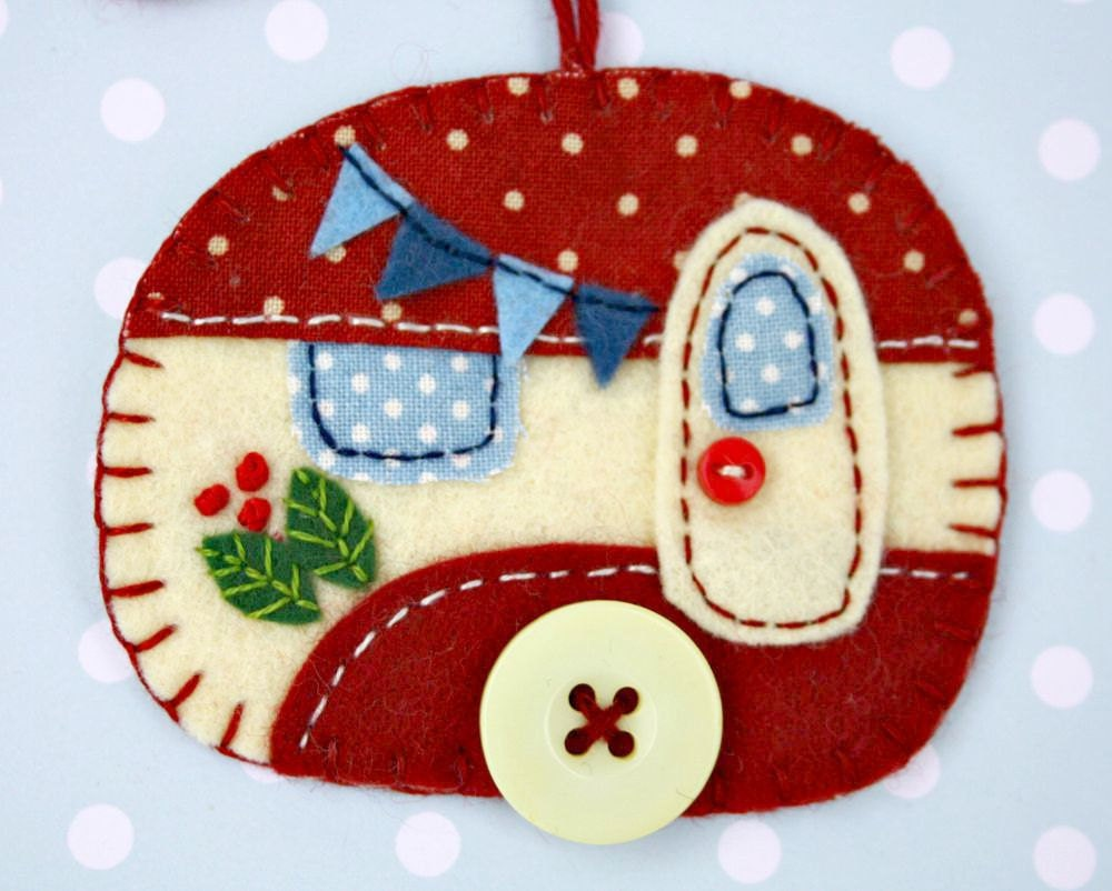 Vintage Travel Trailer Christmas Ornaments