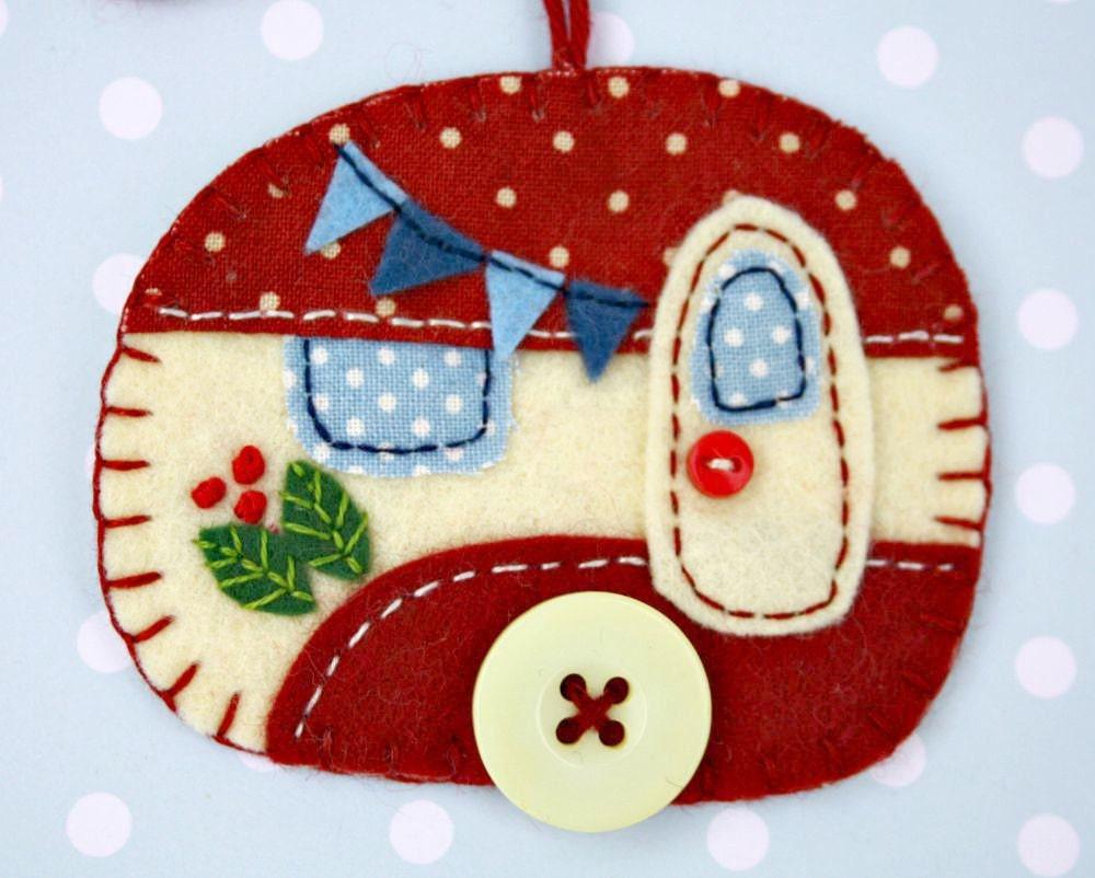 Felt Christmas ornament Vintage caravan by PuffinPatchwork ...