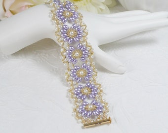Woven Bracelet with Oval Pearls in Lavender
